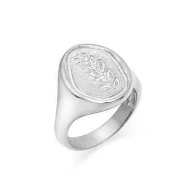 Ασημένιο μοντέρνο γυναικείο δαχτυλίδι με ανάγλυφο σχέδιο φύλλο ελιάς